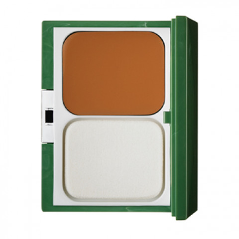 City Base Compact Foundation SPF 15