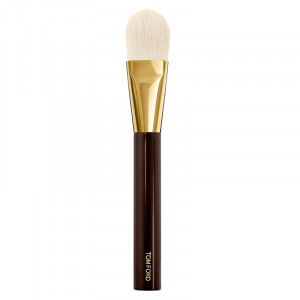 FOUNDATION BRUSH 01