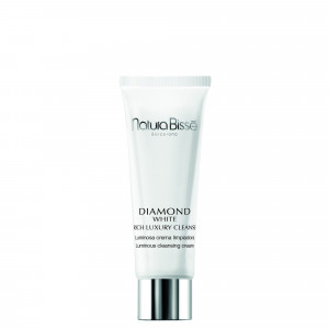 Diamond White Rich Luxury Cleanser 20ml GWP